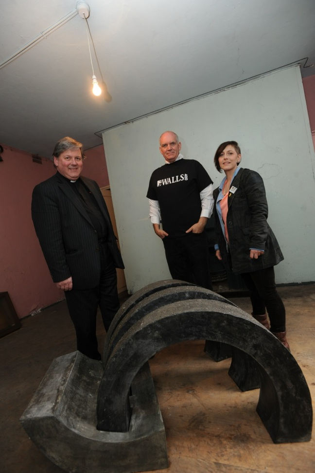 Talon by Stephen Deery with The Dean of Derry, Rev William Morton, Mark Lusby , Holywell Trust & Gail Mahon, Mak9 curator
